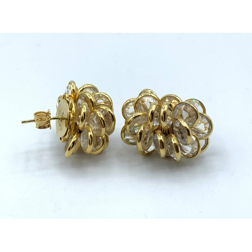 6 - A Pair Of 18ct Gold Cluster Earrings 13.5g....