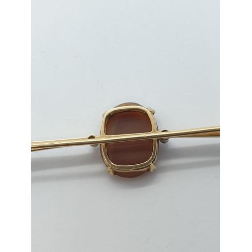 252 - 18ct diamond cameo brooch, weight 7g, length 6cm