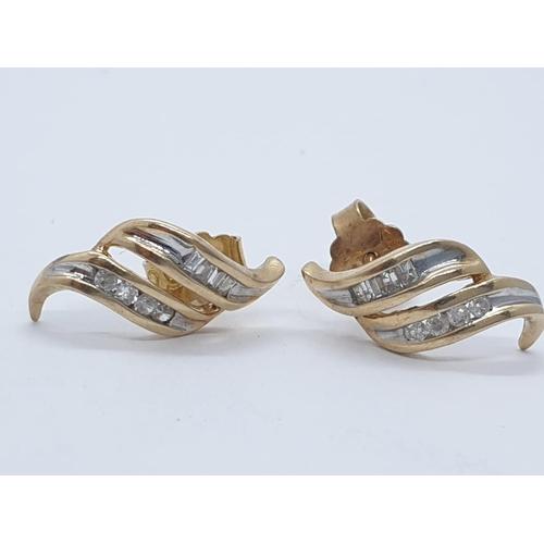 274 - 14ct diamond earrings