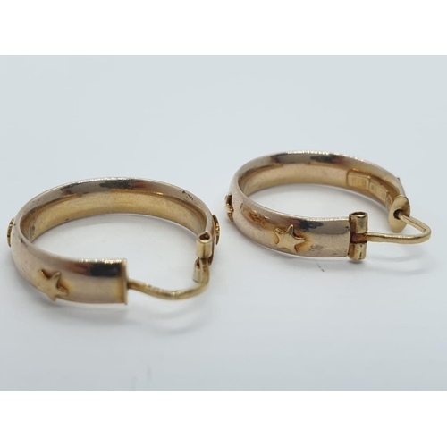442 - 9ct gold earrings, weight 2.2g