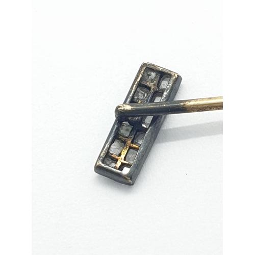 454 - Antique 18ct gold stick pin