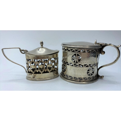 165 - 2 silver cup holders, weight 141g