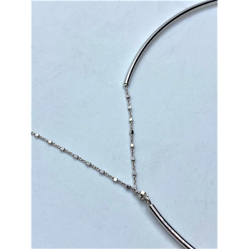 239 - Silver necklace, choker style