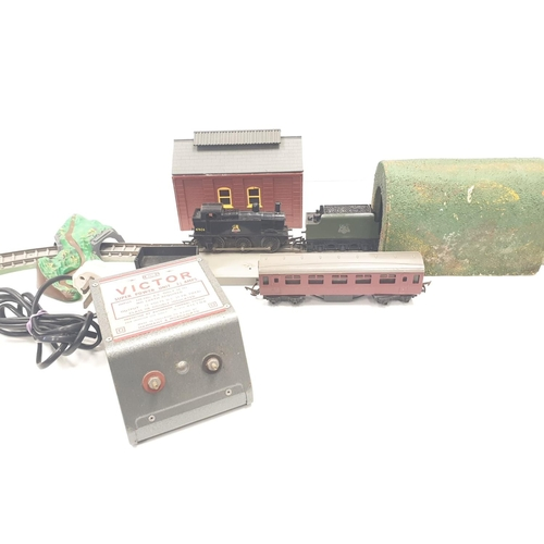 531 - Triang station set with 2 x  locomotives ,  2 x carriages , with extra track plus a box of 39 Triang...