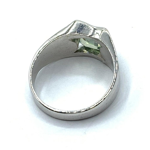 297 - A 3ct Blue Moissanite Diamond Ring in Sterling Silver, size S