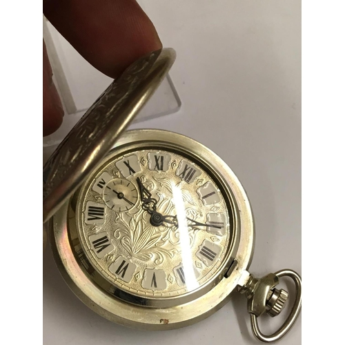 85 - Vintage full HUNTER POCKET WATCH, good condition and good working order but no guarantees.