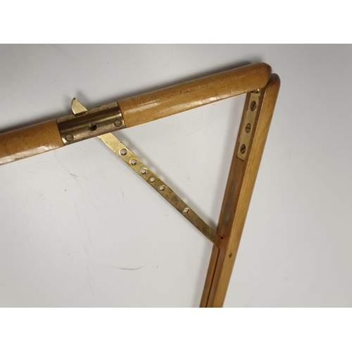 674 - Dressing stick for parades.  95cm .  hinged to make a right angle.