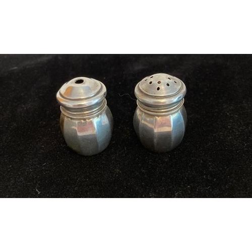 762 - Silver Miniature Cruet Set, Each piece approx 3.4cm. 10 panel baluster shape.