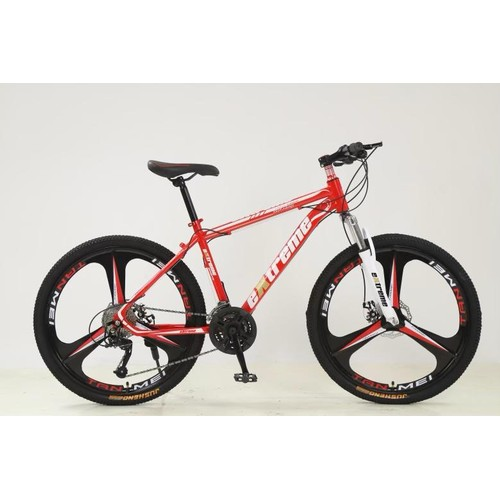 790 - Mountain bike in red and black 27 speed gears with 26