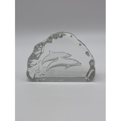 769 - Double dolphin paperweight 12x9cm