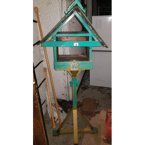 3 - Large bird feeder...