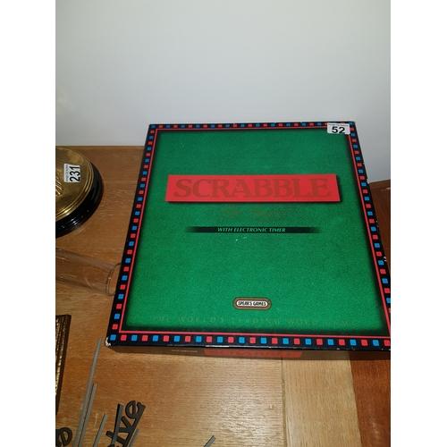 52 - Scrabble Set old...