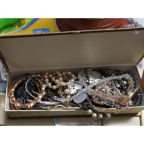 27 - box of jewellery...