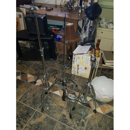21 - drum tripods x3...