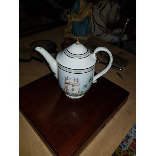 48 - compton & woodhouse teapot...