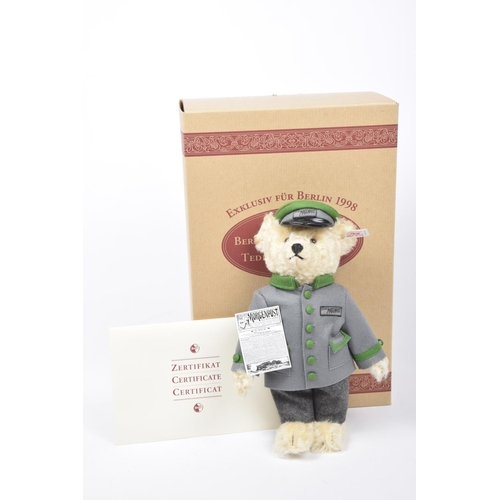 14 - A boxed Steiff 655425 teddy bear 'Berliner Morgenpost' Blonde, growler, limited edition 1125/1500 wi...