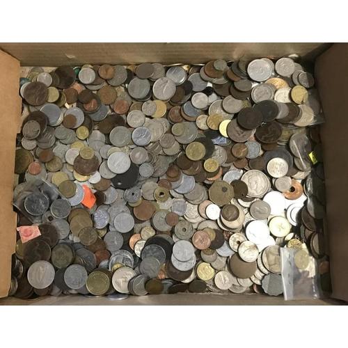 32 - Quantity of Coins
