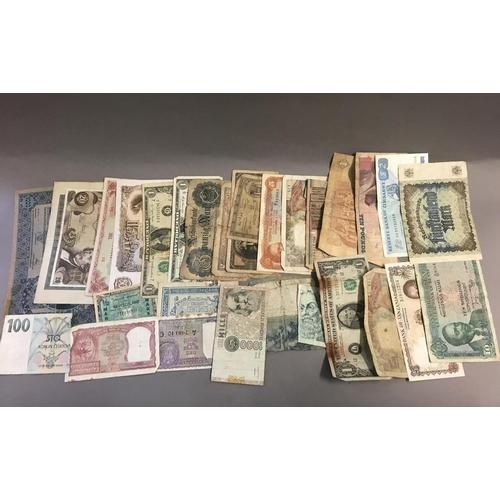 35 - World Bank Notes