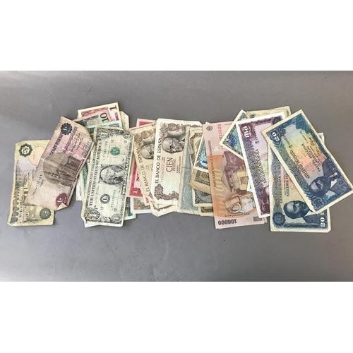 42 - World Bank Notes