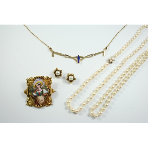 1665 - A QUANTITY OF JEWELLERY including two cultured pearl necklaces, a lapis lazuli and 9ct gold necklet,...