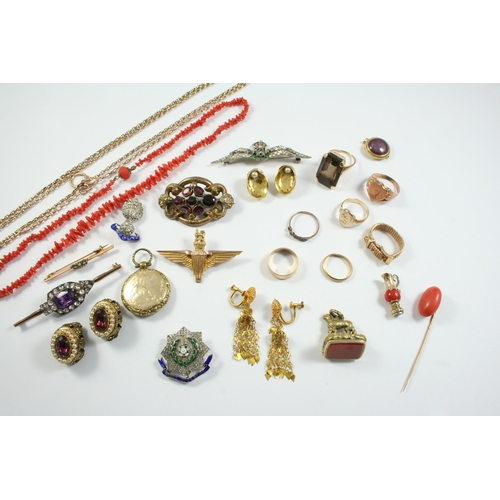 1667 - A QUANTITY OF JEWELLERY including a gold watch chain, 13.5 grams, a 9ct gold shield shape signet rin...