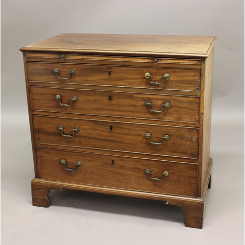 2328 - GEORGE III MAHOGANY BACHELOR'S CHEST, with four graduated drawers below a brushing slide, on bracket...