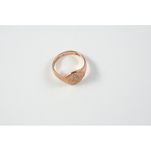 1061 - A MASONIC 9CT GOLD SIGNET RING hallmarked for Birmingham 1916, 5.0 grams. Size Q