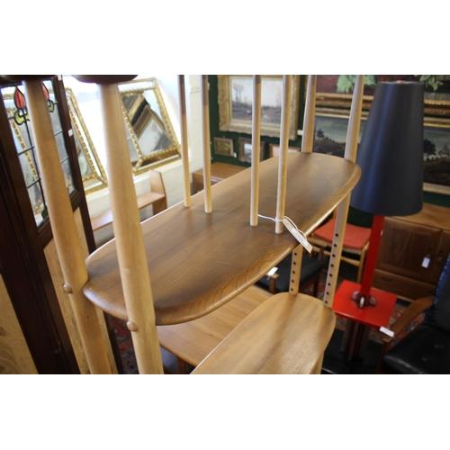 1498 - ERCOL VINTAGE ROOM DIVIDER designed by Lucian Ercolani for Ercol, Model no 363 'Giraffe' room divide...