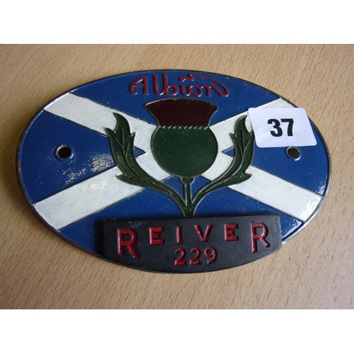 37 - AN EARLIER ALBION REIVER 229 VEHICLE RADIATOR BADGE...