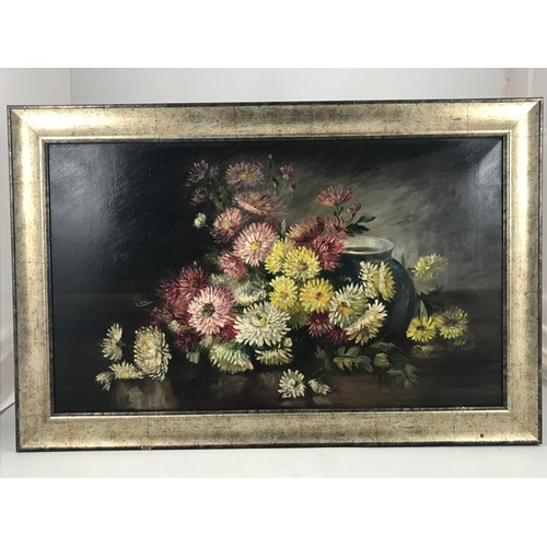 611 - OIL ON CANVAS STILL LIFE FLOWERS, approx. 76 x 46 cm...
