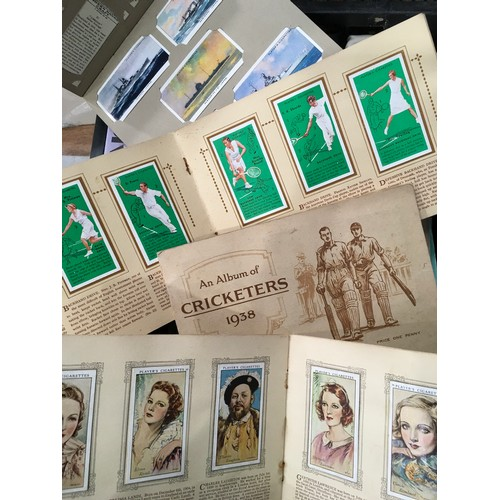 1180 - TRADE AND CIGARETTE CARDS, CARL CHINN BEST OF BIRMINGHAM, ROYALTY BOOKS ETC...