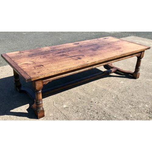 1019 - MASSIVE, GOOD QUALITY OAK REFECTORY STYLE FARMHOUSE TABLE, APPROX. 290 X 120 cm