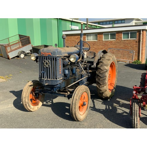 18 - HISTORIC TRACTOR FORDSON AGRICULTURAL TRACTOR CBW606R BUILT CIRCA 1951 FIRST REGISTERED 21.4.1977 WI...