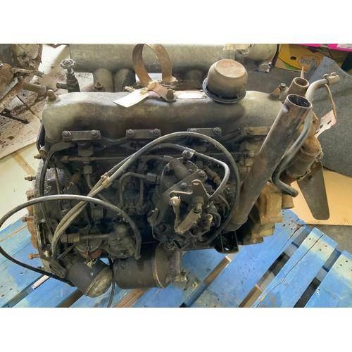 25 - LANDROVER ENGINE EX MILITARY 2.5 LITRE