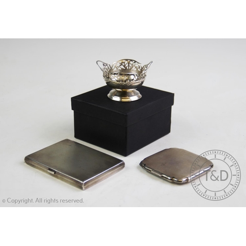30 - A Victorian silver aide memoire and calling card case, 'D&M', Birmingham 1809, with silk lined inter...