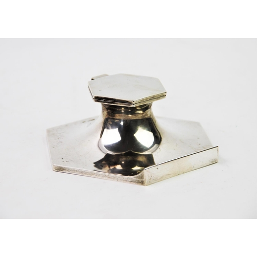 36 - A George V silver inkwell, Walker & Hall, Sheffield 1932, the plain polished body of tapering hexago...
