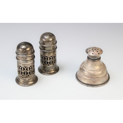 25 - A silver pounce pot or wig powder duster, John Henry Wynn, Birmingham 1910, of tapering form, 5cm hi...
