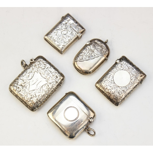 13 - A selection of five early 20th century silver vesta cases, dated between 1900 - 1913, all with assay...