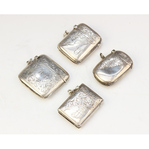 15 - A selection of four early 20th century silver vesta cases, dated between 1900 - 1923, all with Birmi...