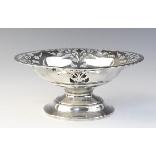 24 - An Edwardian silver bon-bon dish by Martin, Hall & Co, Sheffield 1906, of circular form with pierced...