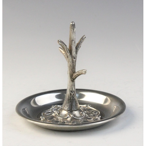 34 - An Arts & Crafts silver ring tree by Synyer & Beddoes, Chester 1905, designed as a tree trunk set to...