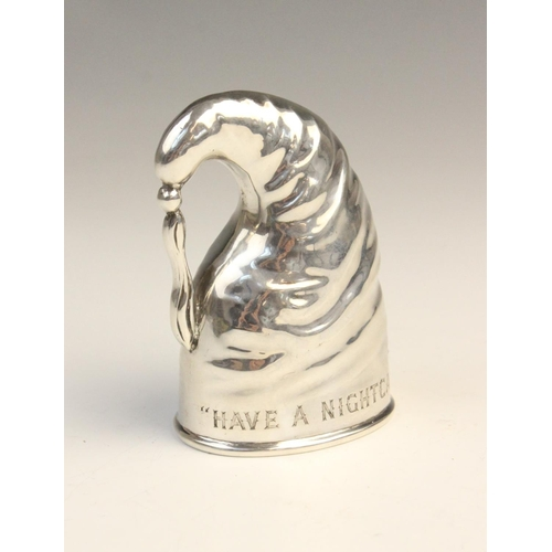 48 - An Edwardian novelty silver stirrup cup by John Charles Grinsell, Birmingham 1908, modelled as a nig...