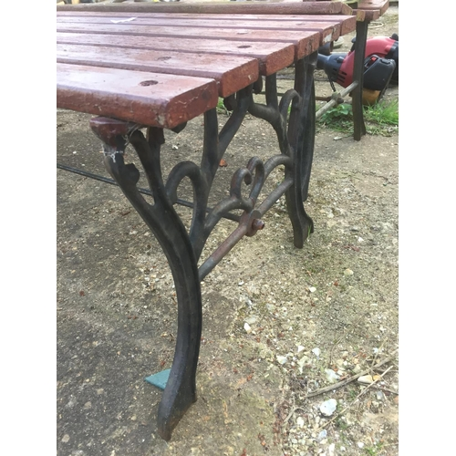 20 - GARDEN WOODEN BENCH & TABLE WITH METAL ENDS