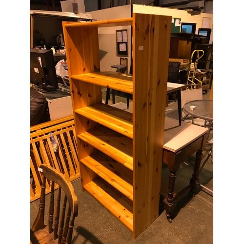 671a - pine effect bookshelf unit...