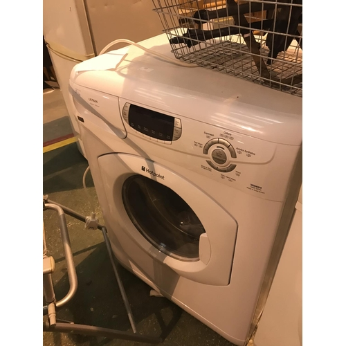 675 - Hotpoint ultima washing machine...