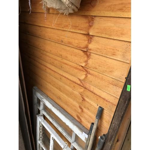 10A - Four 6 x 6 fence panels...