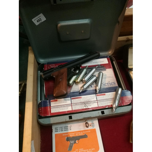492 - Benjamin .22 O2 pistol in lockable metal box GWO as new. Buyers must be 18 years or over....