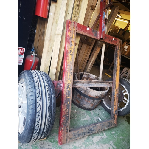 1 - Single axle trailer chasis approx 3' x 4'...