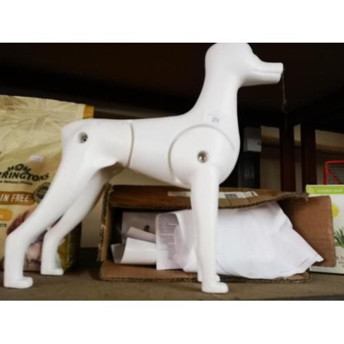 29 - Groomers dog salon model...