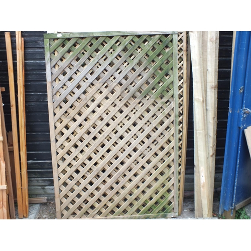 5 - Three 6 x 4 lattice Trellis panels....